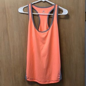 Old Navy workout tank | size M